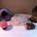 Experiences: Fun with crystals and singing bowls