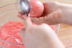 Experiences: Make bath bombs with Jinny